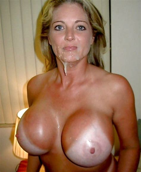 lonely married women with big tits jpg 500x612