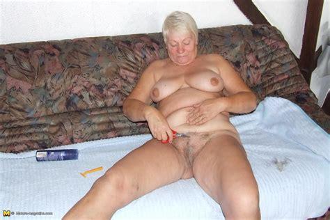 caught nude youtube jpg 1680x1120