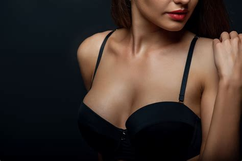 breast lift surgery areola beautiful jpg 800x532