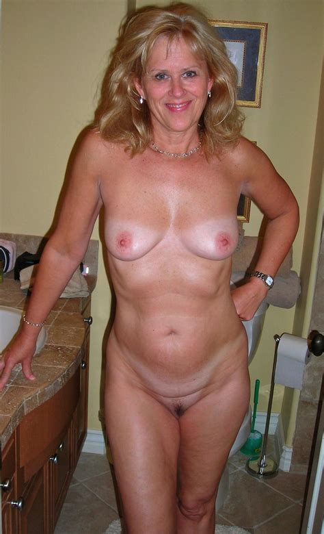 Gallery naked pregnant woman