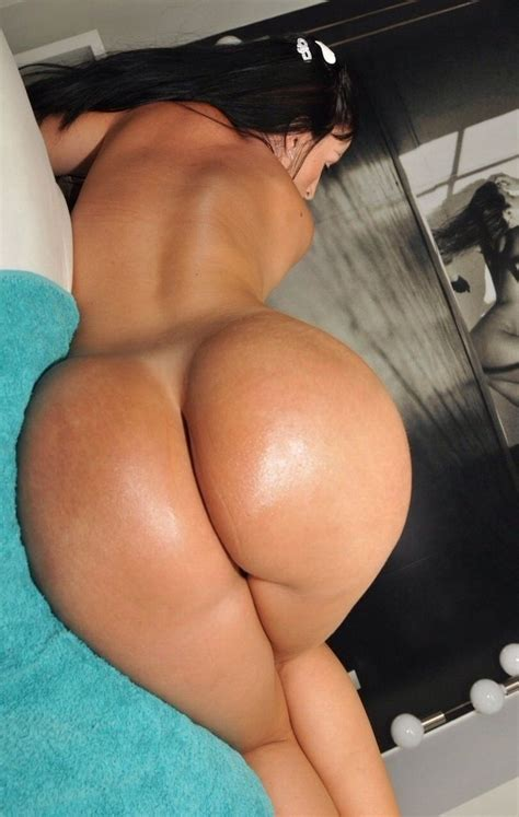 voluptuous babes ass jpg 736x1160